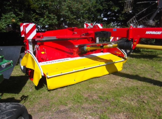 POTTINGER NOVACAT 3007T MOWER