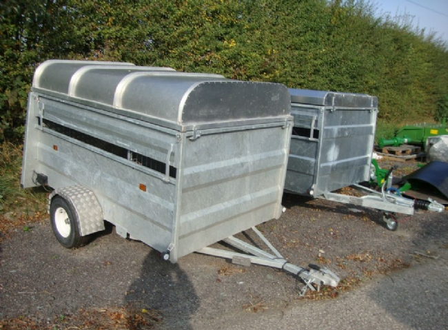 GAMIC TRAILER 7'6 x 4'6
